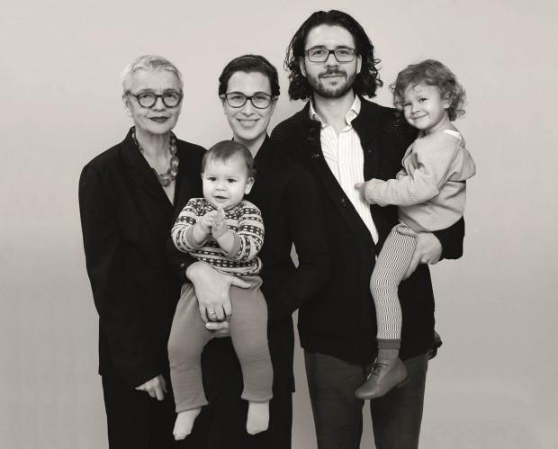 macarons_portrait_family