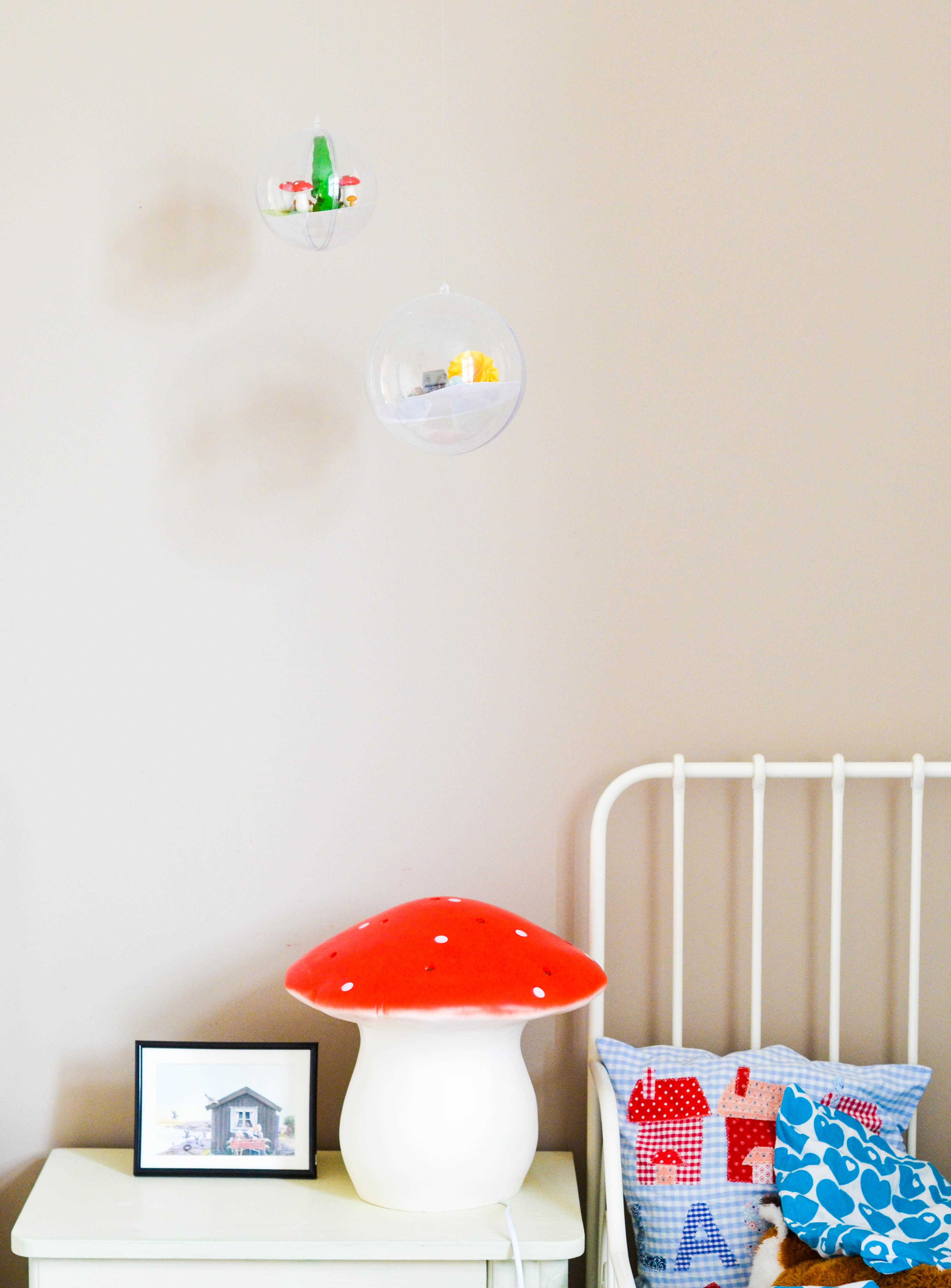 Kinderzimmer, Pilzlampe,