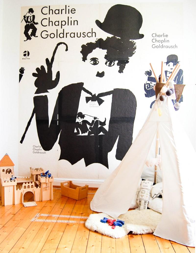 Charliie Chaplin, Ausnahmsweise aufgeräumt, Kinderzimmer, Fine und Josef