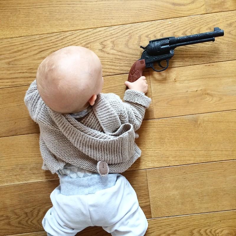 Cowboy, Pistole, Pistolenverbot