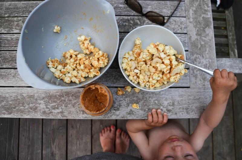 Feuerschale, Popcorn machen, Erdnussbutter,