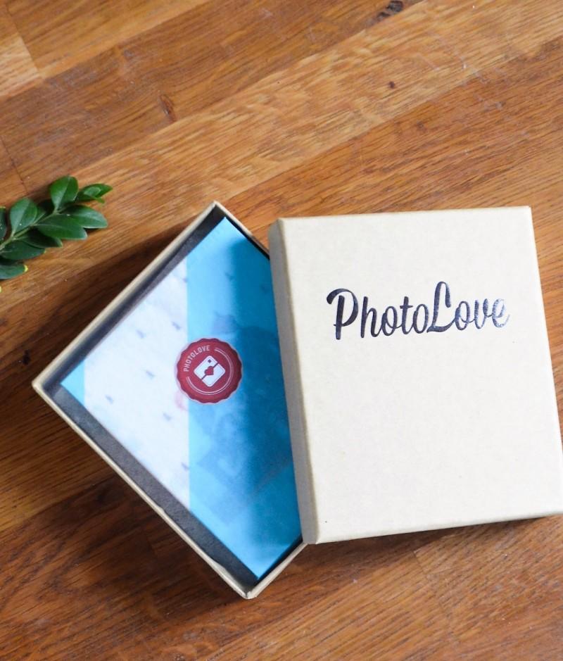 Polaroid,