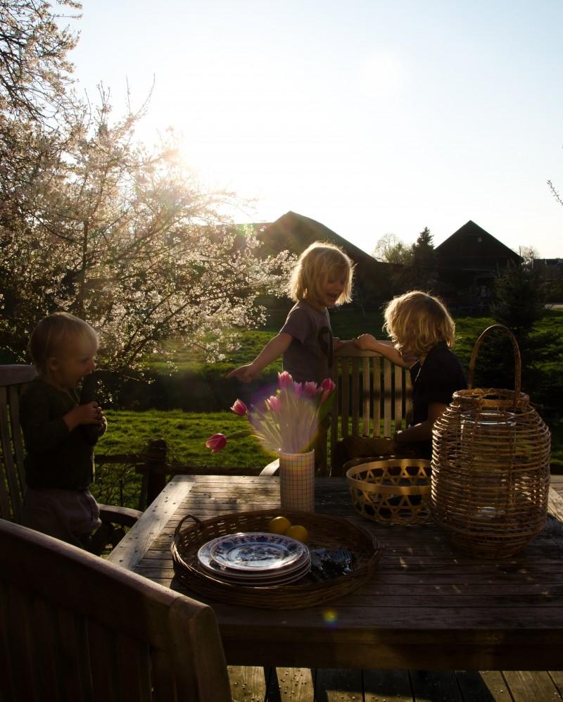 Kochen mit Kindern, Draußen essen, Sommerküche,