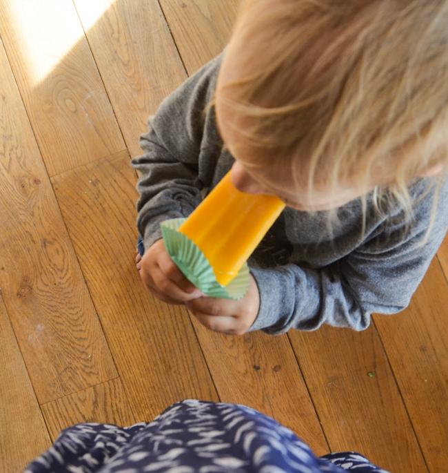 Sommer mit Kindern, Eis essen. Flecken entfernen,