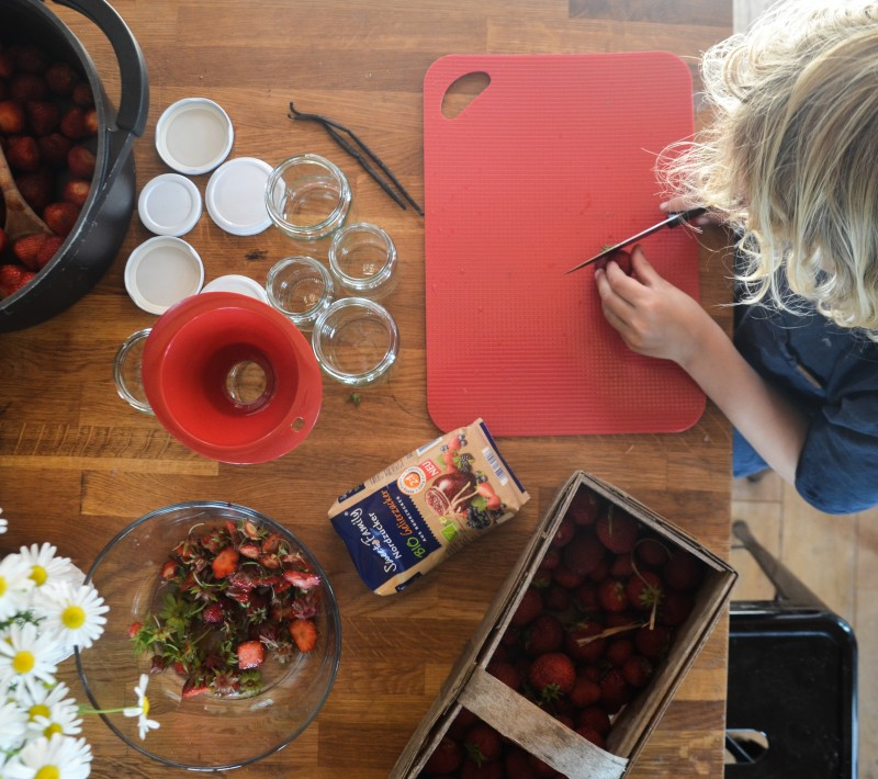 Kinder kochen Marmelade, Erdbeermarmelade, die beste Erdbeermarmelade