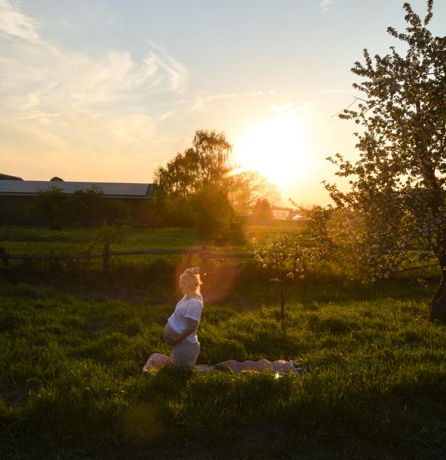 Yoga Easy