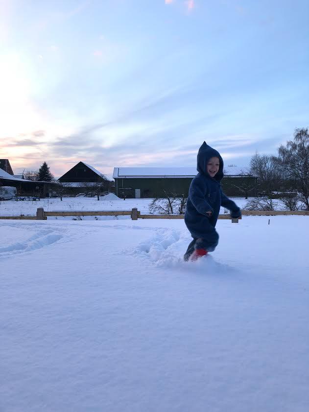 Spaß mit kindern im Schnee