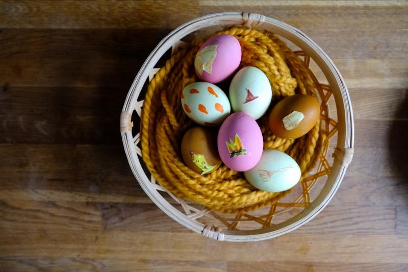 Naturfarben, Ostern, Kleine Hexe