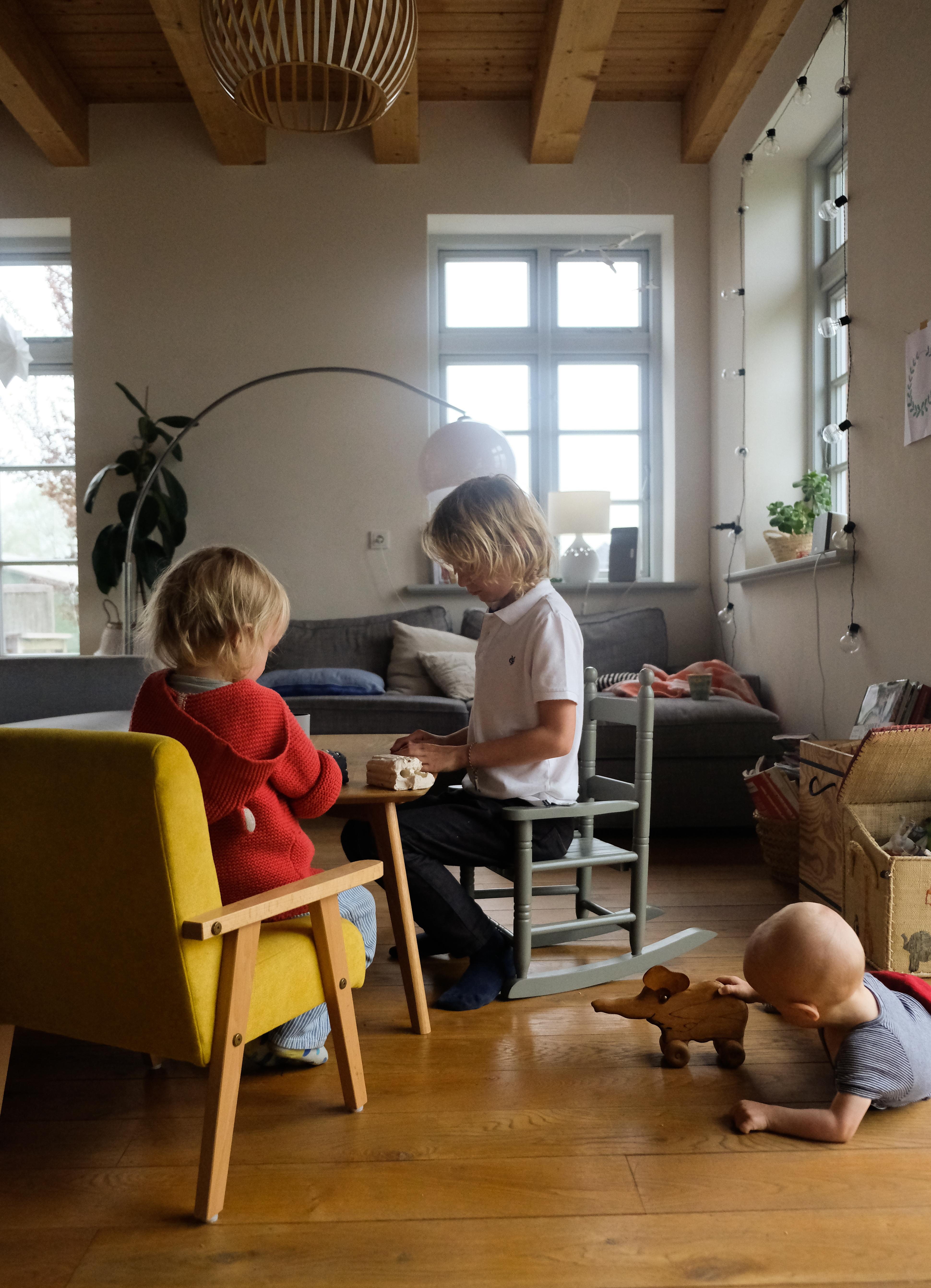 Steinzeit mit Kindern entdecken, Hognob kneten,