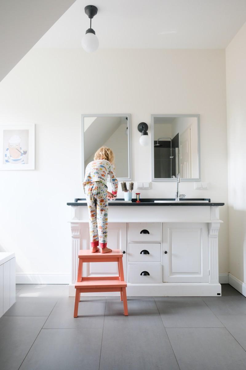 Hausbau, Badezimmer, Waschtisch