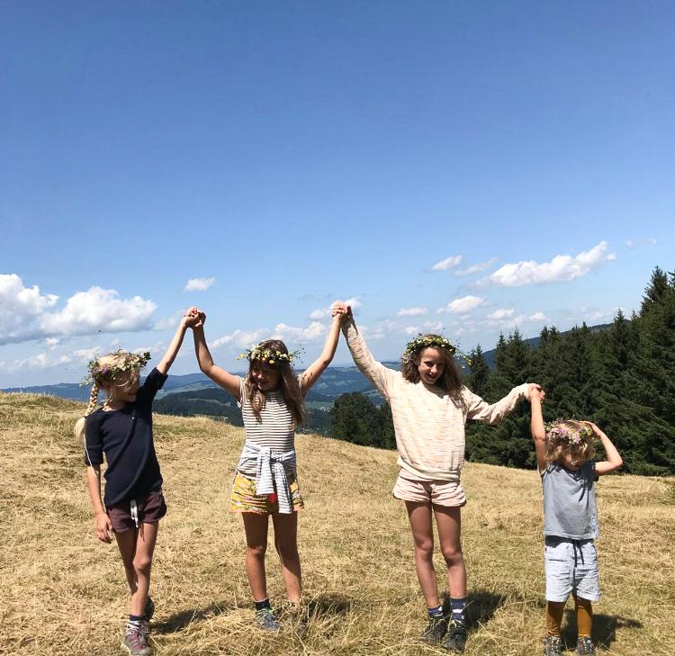 Spätsommer, Kranz flechten, Kinder zum Wandern motivieren